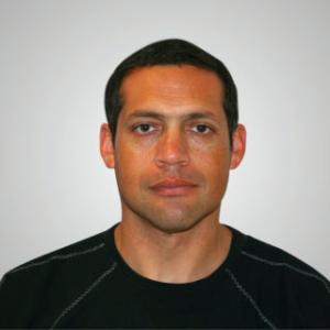 Dr. Oscar Torres Castillo
