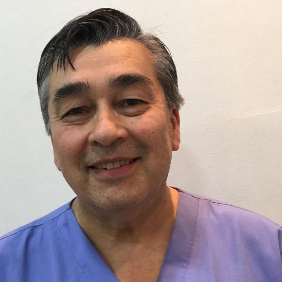 Dr. Hernán Toro Castillo